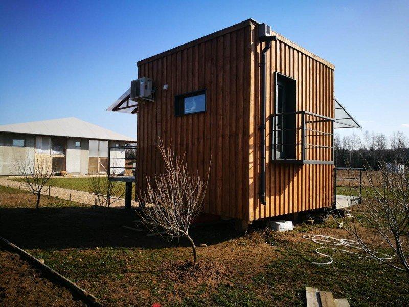 Минчанин построил микродом, чтобы не платить за съемную квартиру