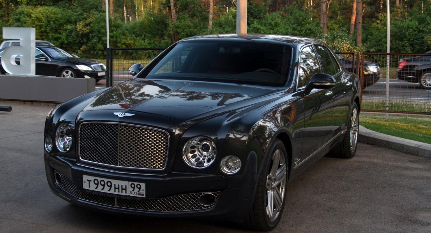 В Новосибирске зарегистрировано 103 люксовых автомобиля Автомобили