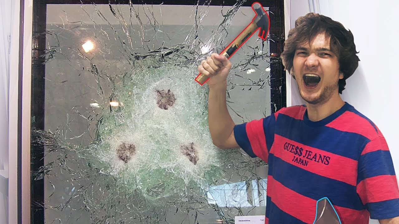 Разбиваем пуленепробиваемое стекло