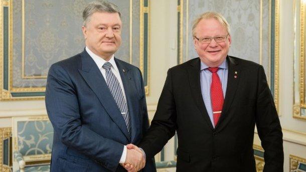 """Спьяну или по тупости Порошенко дал """"Газпрому"""" прекрасный козырь для пересмотра решения Стокгольмского арбитража"""