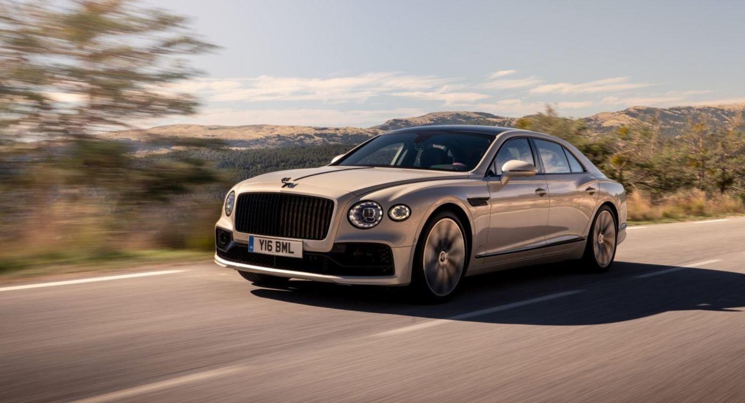 Bentley Flying Spur: Идеальный, но не без подвоха Автомобили