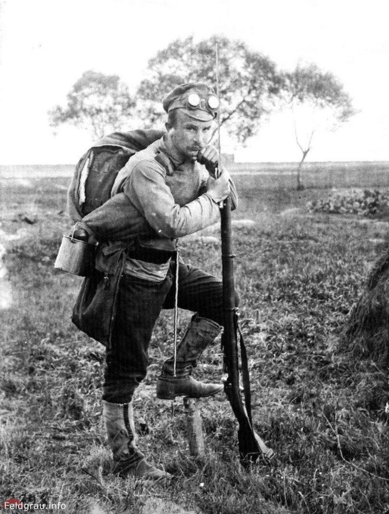Русский солдат во Франции перед боем. Западный фронт Первой мировой войны, 1916 год. история, ретро, фото