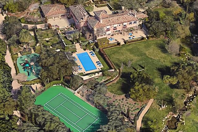 9 спален, 16 ванных комнат, спа-салон, теннисный корт и театр: что известно о новом доме принца Гарри и Меган Маркл Монархии