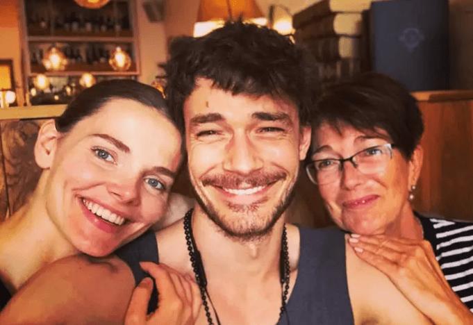 Елизавета Боярская и Максим Матвеев станут родителями во второй раз