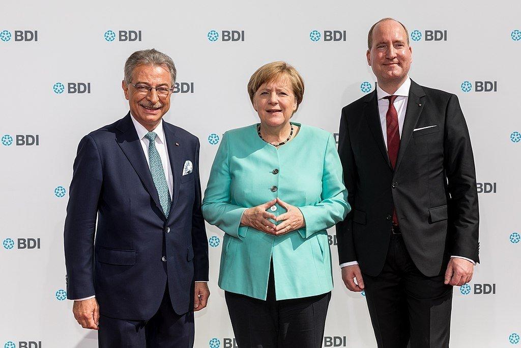 Нам нужен «Северный поток-2»: Германия не намерена склоняться перед США