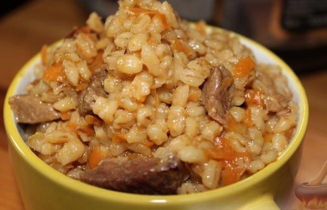 Для любителей простых, но очень вкусных блюд. Пикантная перловка с мясом