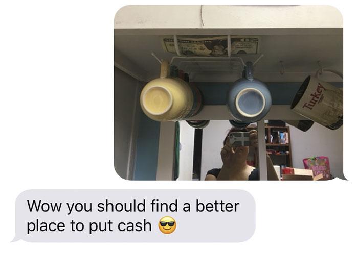 Отец регулярно прячет деньги в доме своей дочери. Вот где она их находила