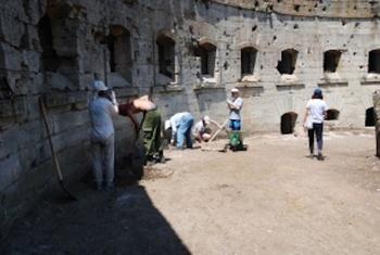 Ученые проводят исследования в российской крепости 19 века «Керчь»