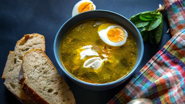 Грибной суп со щавелем и яйц…