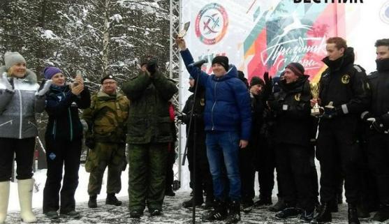 Житель Карелии победил, проехав на лыжах три страны за полчаса