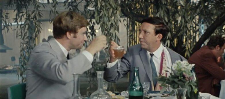 Неслучайные персонажи из ресторана «Плакучая ива» в фильме