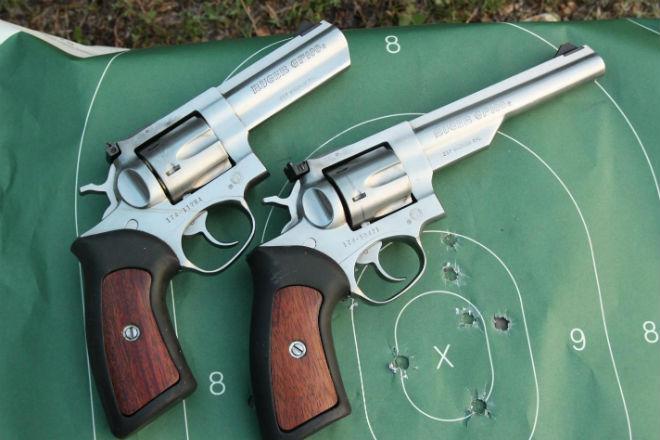 10 лучших револьверов мира по словам оружейников