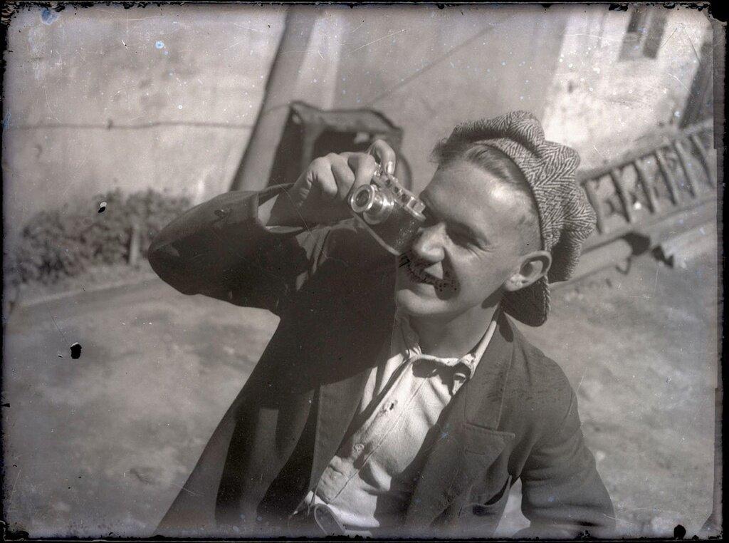 Евгений Халдей Евгений Халдей, 1935 год, МАММ/МДФ.