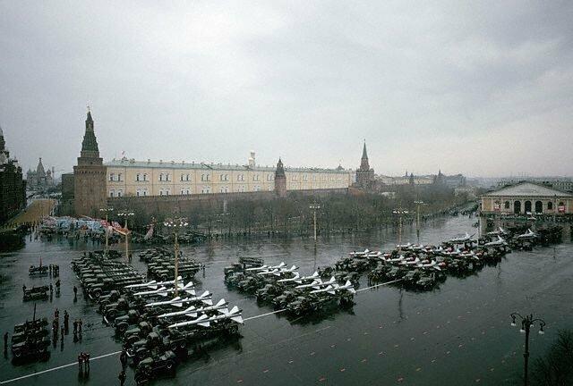 Манежная площадь перед парадом, 1964 СССР, история, фото