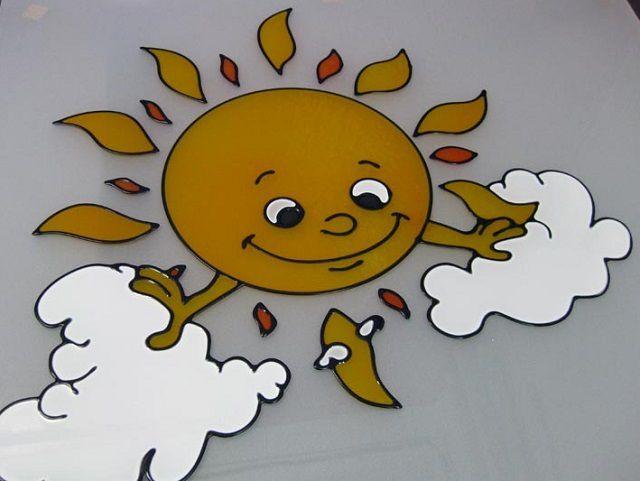 Витражи для детских комнат обычно изображают героев любимых мультфильмов
