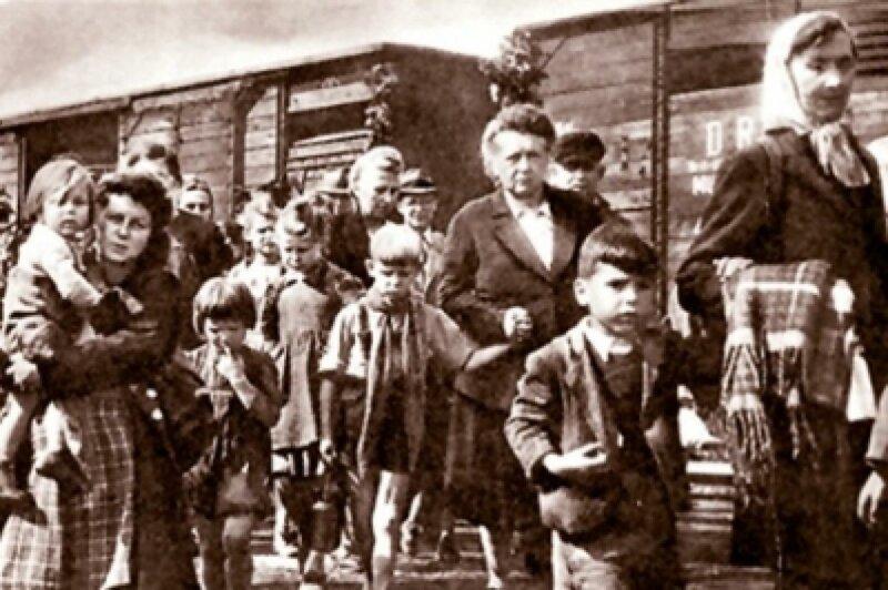 Эшелон с немецкими беженцами из Чехословакии Польша, вторая мировая война, германия, итоги Второй мировой войны, немцы, чехословакия, югославия