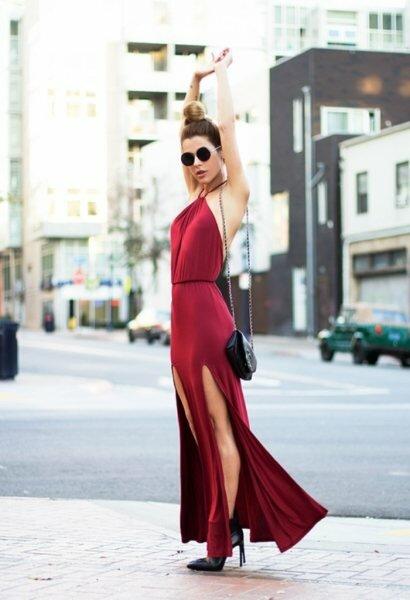Коварный цвет: 5 советов, как носить красное платье и не выглядеть вульгарно