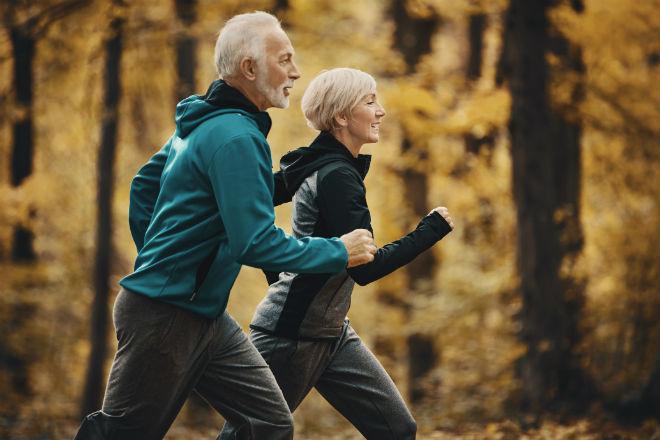 Ученые выяснили, что час тренировок в день может продлить жизнь на 30 лет возраст