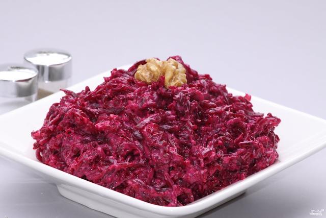 Этот мощный салат поможет сделать детоксикацию толстой кишки и очистить печень
