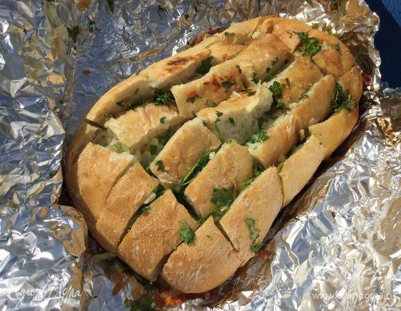 Чесночный хлеб для шашлыков