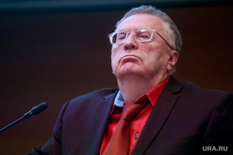 Жириновский хочет избавить депутатов от декларирования доходов