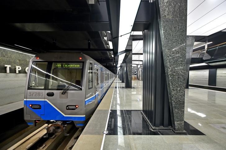 От «Парка Победы» до «Петровского парка» прошёл первый поезд