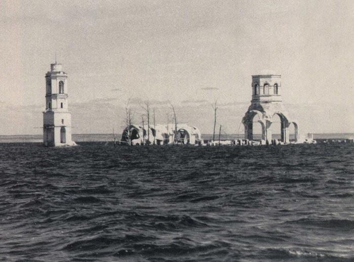 Затопленный Леушинский монастырь в Мологе