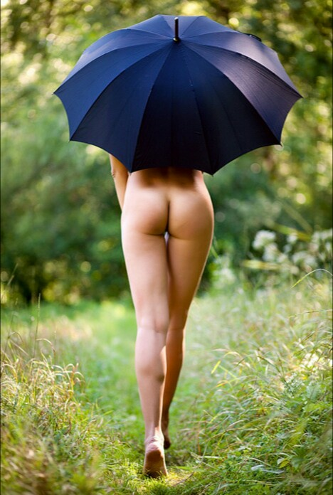 Umbrella girl nudes