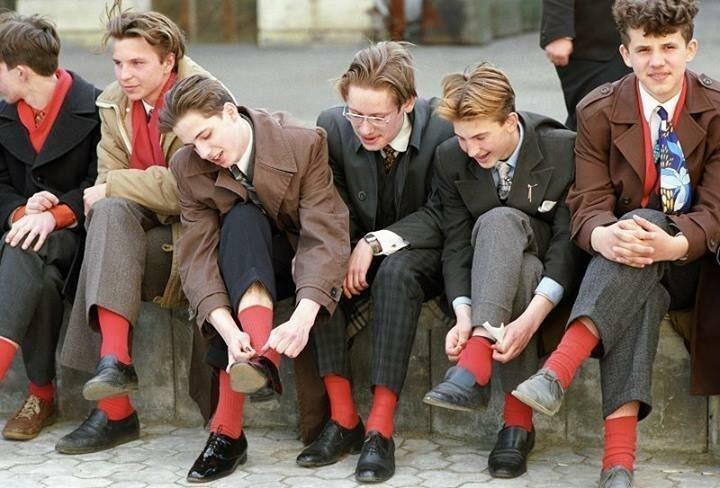 Молодежь готовится к танцам, Москва, 1988 год история, ретро, фото