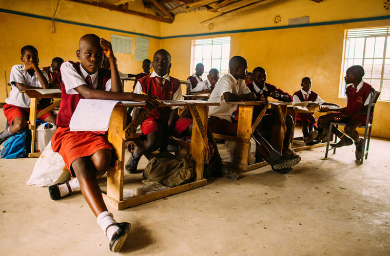 У новых знакомых они первым делом узнают, в какой школе те учились в мире, запрет, люди, обычай, правила, русские, южноафриканец
