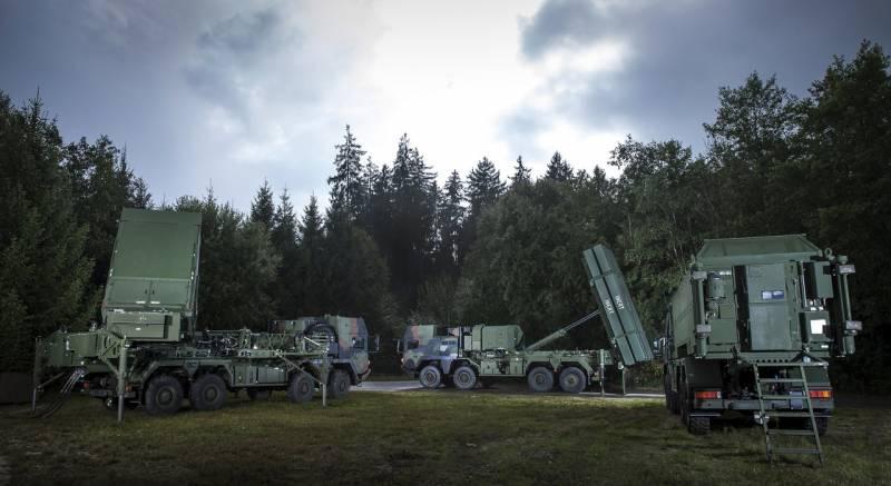 Сложные решения: повышение роли наземной ПВО оружие