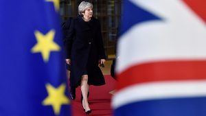 Мэй отменила голосование по Brexit в парламенте