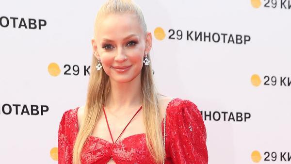 Образ дня: Светлана Ходченкова в Rasario