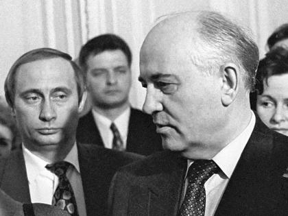 Путин ещё не подозревает, что скоро проделает «работу исторического масштаба». А может, подозревает