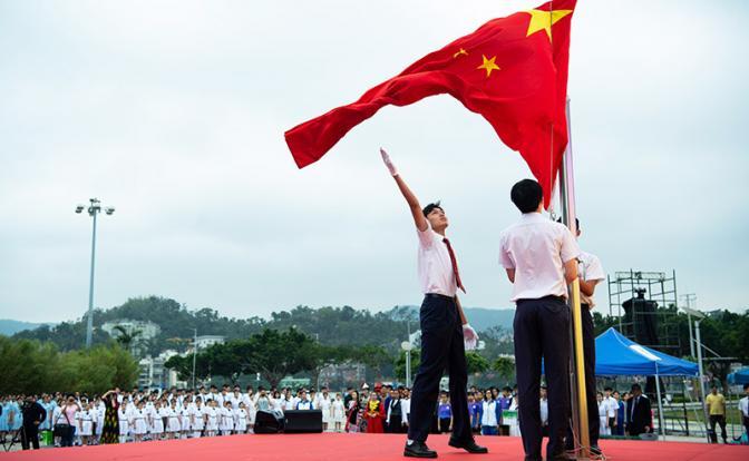 Китай не послушал Горбачева и обогнал Россию навсегда (цель - образованное население)