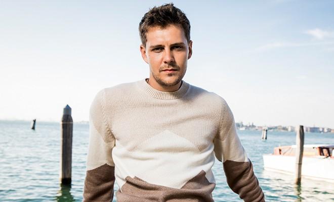 Серб и молод: приглашенный редактор Милош Бикович о кино, любви и своих приключениях в Венеции