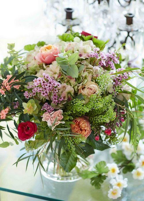 Весенние цветы в интерьере квартиры: «Дикие букеты».