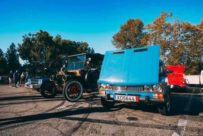 Советские автомобили за границей
