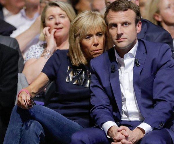 Глядя на жену президента Фра…