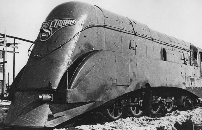 Поезд вождя для народа: «ИС» - мощнейший паровоз в истории Европы