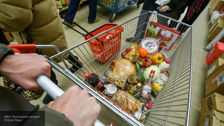 Что выгодно покупать к 1 сентября: в Пскове подешевели сосиски, но подорожали яйца