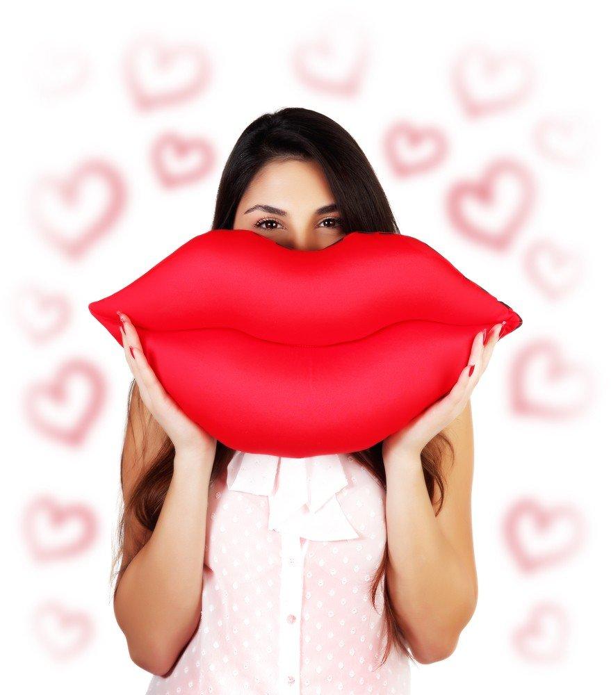 Почему у одних губы выглядят пошло, а у других — сказочно? 3 совета про филлеры от косметолога