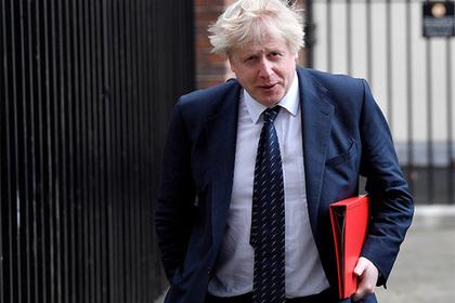 Британия объяснила отношение кпростым россиянам