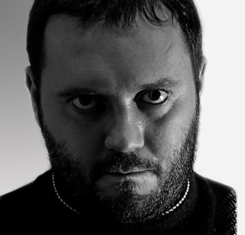 Известный автор научной фантастики Владимир Данихов скончался на 38-м году жизни