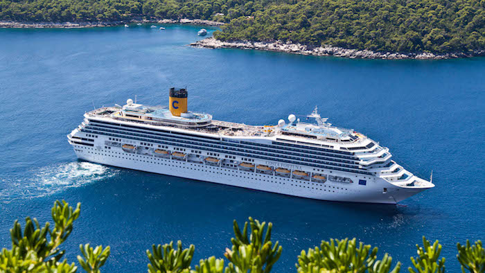 Карантин COVID-19.  Пассажиров круизного лайнера «Васко да Гама» высадят на необитаемом острове