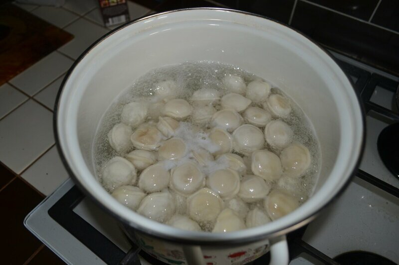 Трюк с холодной водой: как сварить идеальные пельмени