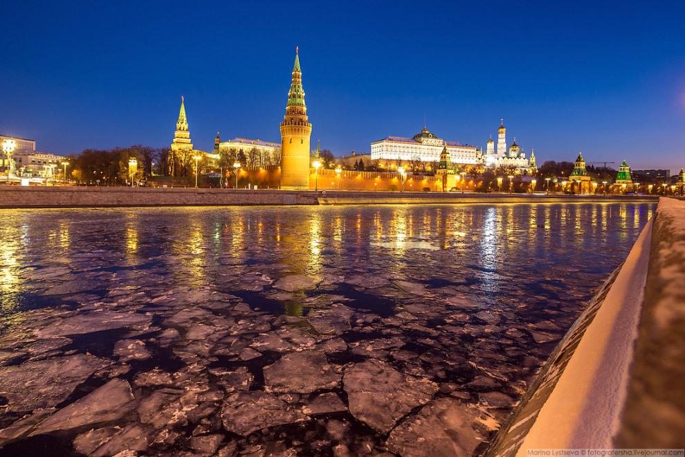Москва покрылась льдом