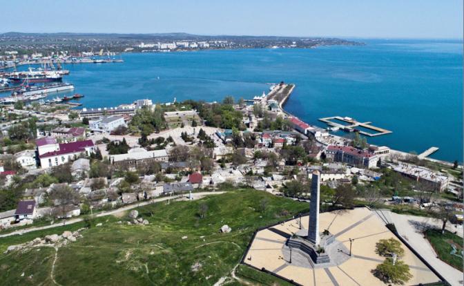 Мост не поможет: Россия сама сдаст Крым