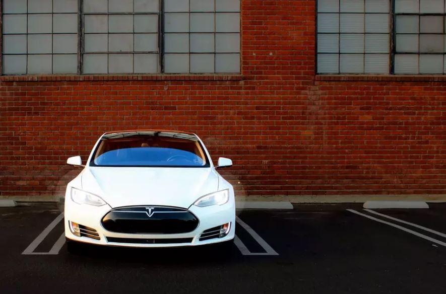 Посмотрите, как выглядит Tesla с пробегом 725 000 километров tesla model s,марки и модели
