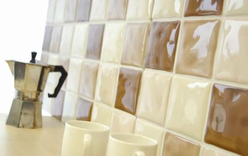 Кафельная плитка с глянцевым покрытием